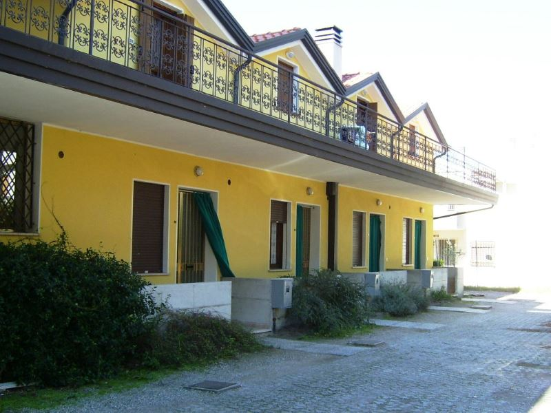 Kira vacanze agenzia turistica per affitto case vacanza a eraclea mare - Casa vacanza berlino ...